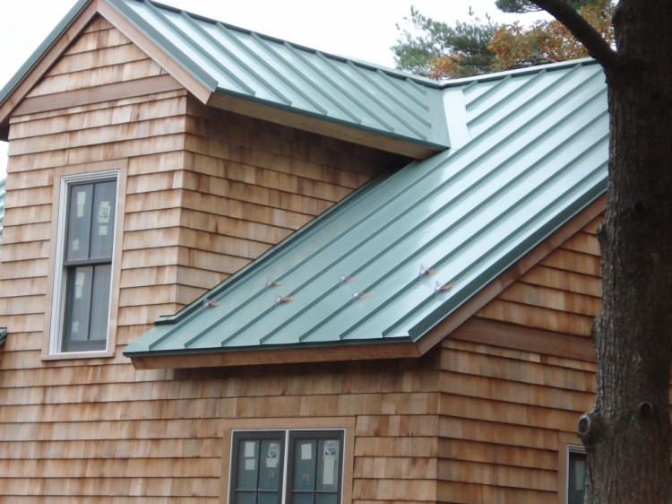 Standing Seam Metal Roof   Close Up View Of The Rooftop